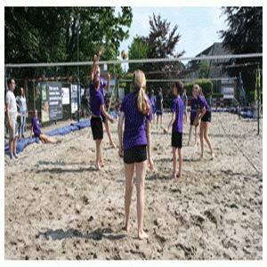 Volleybaltrainingen voor LoVoC-jeugd (beach)
